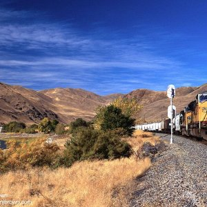 Union Pacific along the Snake River at Olds Ferry, Idaho