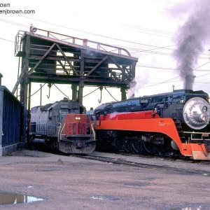 Southern Pacific 4449 heading for the Brooklyn Roundhouse