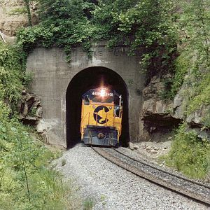 Chessie 4408 at St. Albans Tunnel