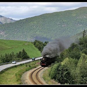 Steaming up Romsdalen