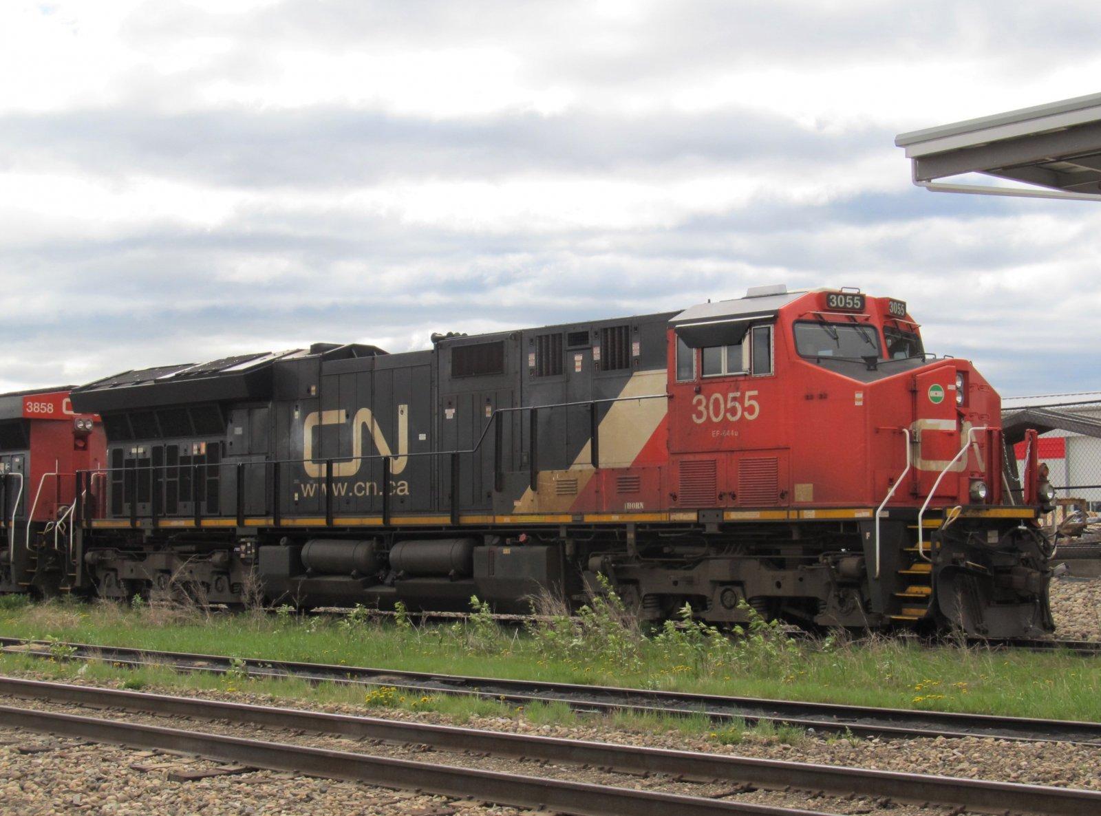 CN 3055_ET44AC (1).jpg