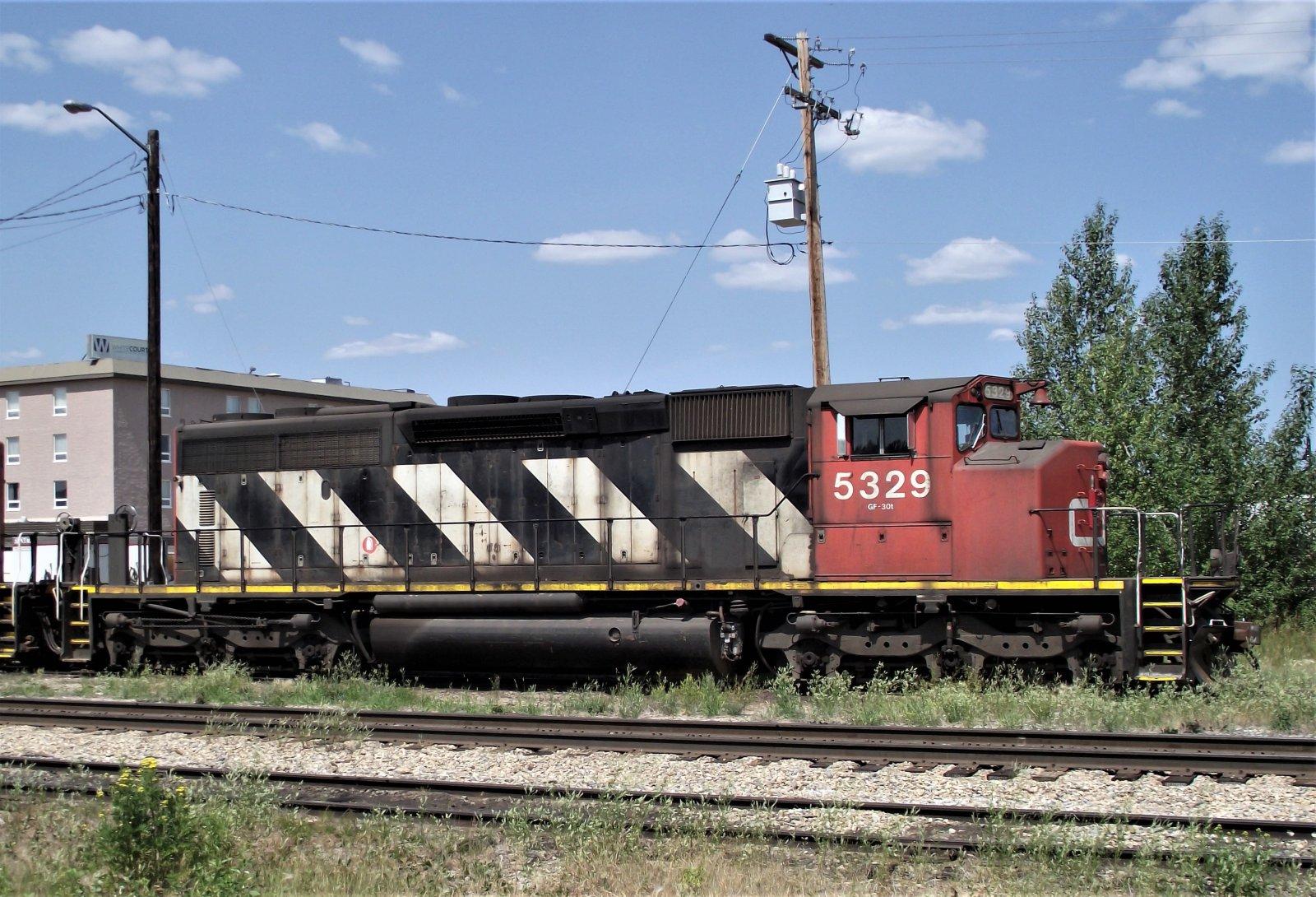CN 5329_SD40-2W_07-12-2021 (2).jpg