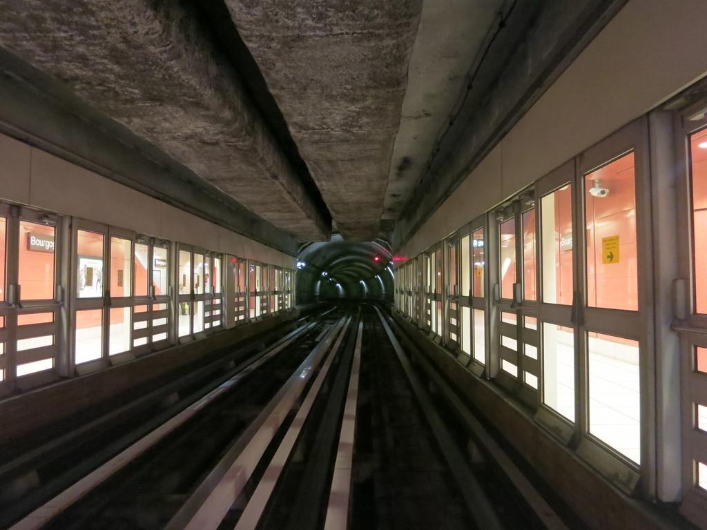 m_tunnelr9sg3.jpg
