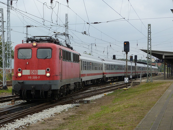 P1120372-M.jpg