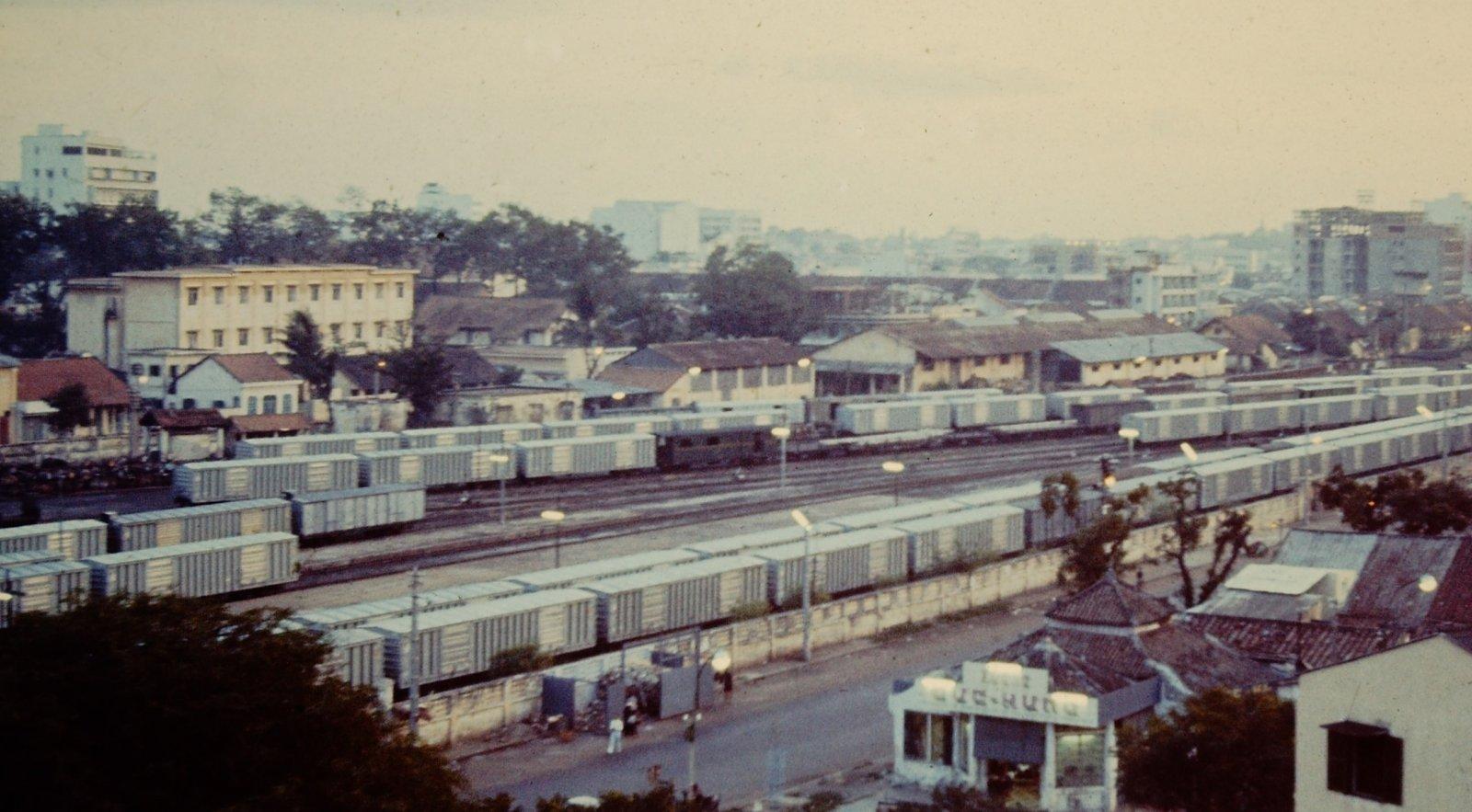 SaigonStation-1965-2.jpg