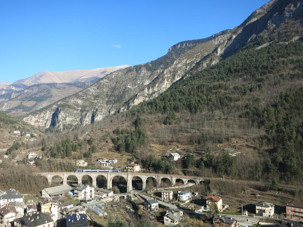 tende_viaduct5y7plj.jpg