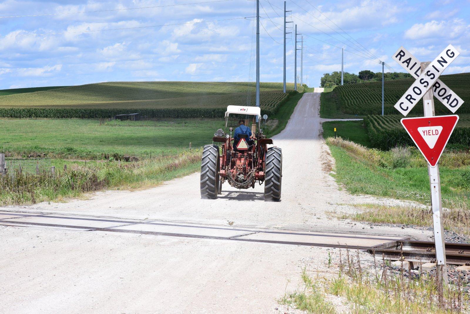 Tractor_080320.JPG