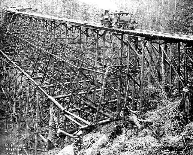 vintage-railroad-bridges-with-timber-trestles-08.jpg