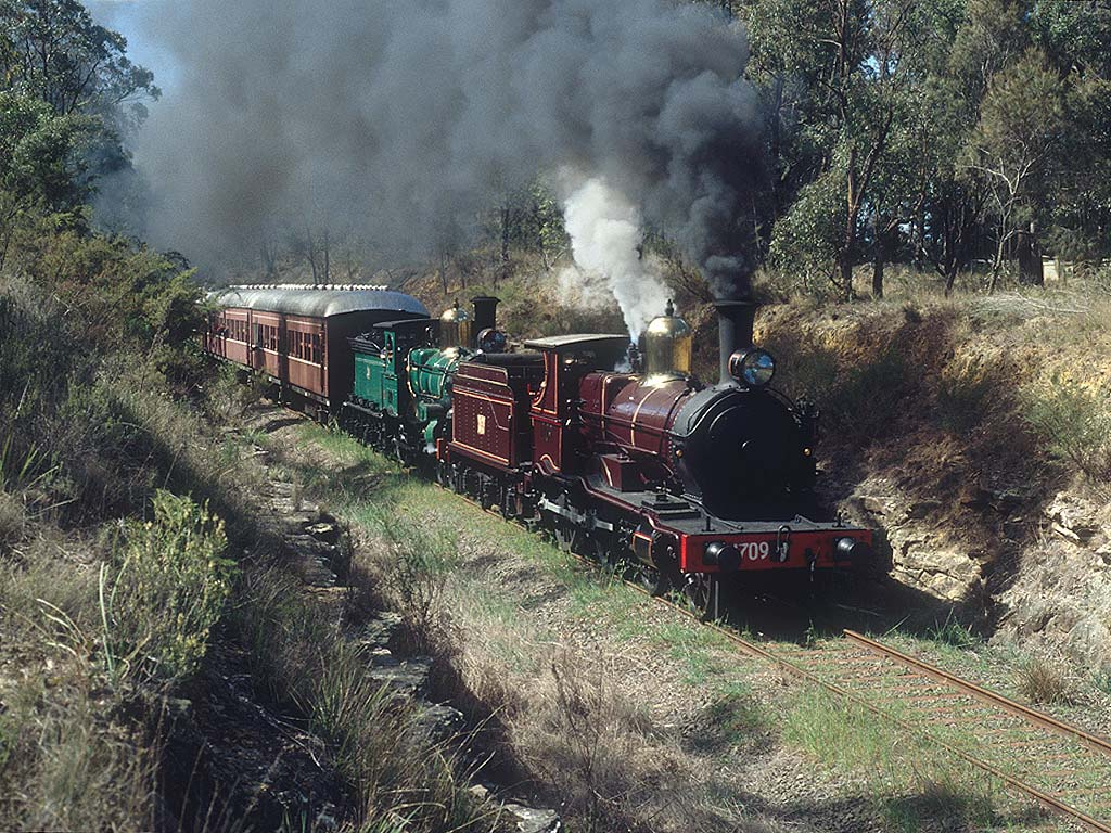 Two Oldies | RailroadForums com - Railroad Discussion Forum and